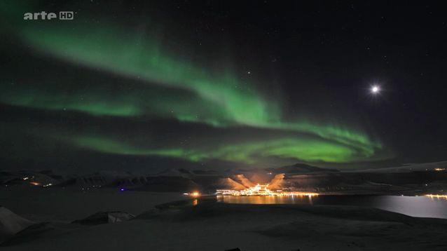 svalbard le pays des aurores boreales